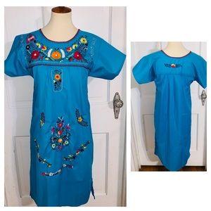 NWOT Vintage Boho Folkloric Embroidered Dress